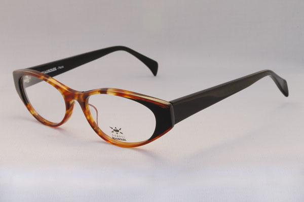 (写真2)BEAUSOLEIL(ボーソレイユ) 2011SS 新作メガネ A1。