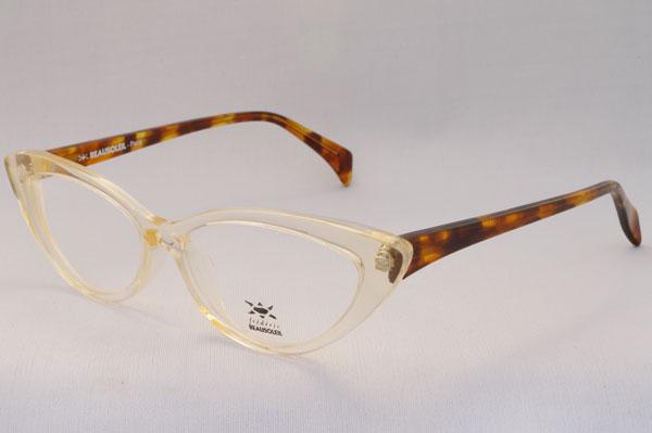 (写真4)BEAUSOLEIL(ボーソレイユ) 2011SS 新作メガネ A2 ※プロトタイプにつき、生産の見込みなし。
