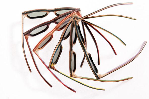 (写真1)Vuerich brothers sunglassesは、カラフルでユニークなのも魅力。