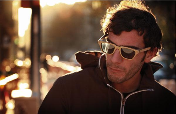 (写真8)Vuerich brothers sunglasses の着用イメージ・その3。