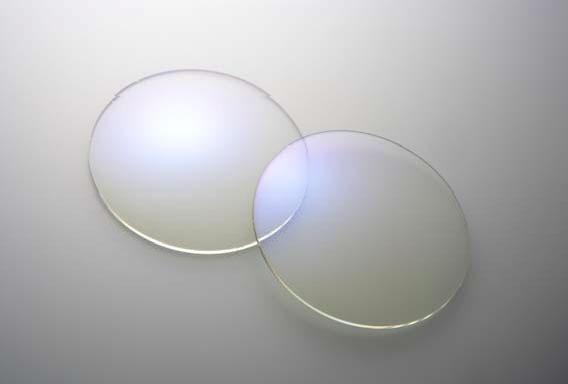 (写真7)眼鏡市場の「デジタルガードレンズ」。image by メガネトップ