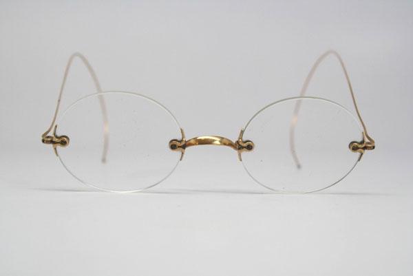 (写真2)Vintage Rimless Eyeglasses。価格:118ドル(執筆時現在、約9,200円)