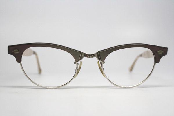 (写真6)vintage 1950's cat eye glasses。価格:98ドル(執筆時現在、7,640円)