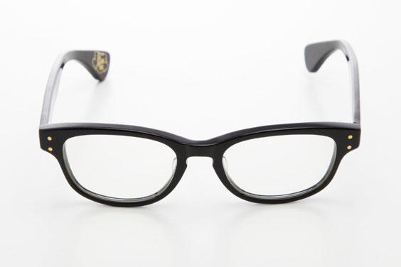 (写真2)piaupiau(ピュピュ) Clara カラー:black(ブラック)。価格:29,400円。