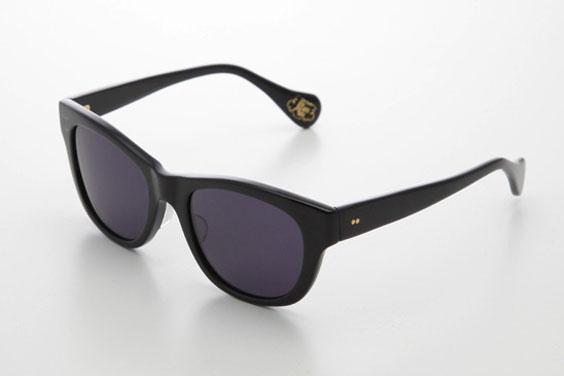 (写真8)piaupiau(ピュピュ) Marianne カラー:black(ブラック)。価格:29,400円。