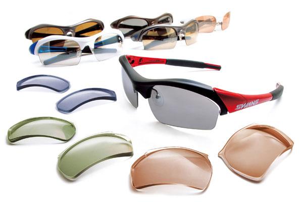 スポーツサングラスの人気ブランド SWANS(スワンズ)のサングラスと、愛眼の A.R.T.システムによって作られた度付きレンズ。