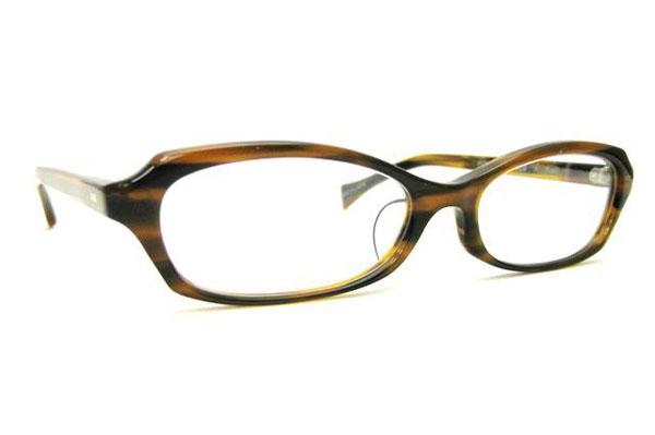 (写真5)Opticien Loyd(オプティシャン ロイド)Public 002M。カラー:2(ブラウンササ)価格:18,900円。