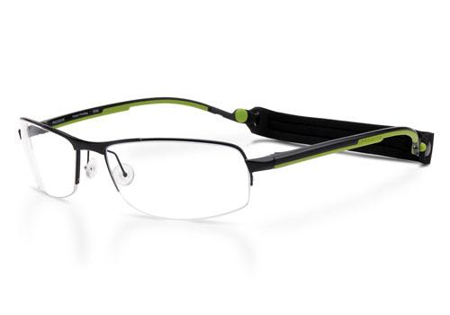 (写真3)眼鏡 [プロギア オプティカル]。ヘッドバンドがついたスポーティーなデザインのメガネフレーム。