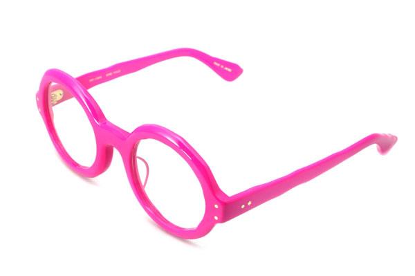 MASAHIROMARUYAMA(マサヒロマルヤマ) MM-0004 カラー:No.5 pink  これだけ鮮やかなピンクのメガネフレームは貴重。 しかも、丸メガネなのだ。