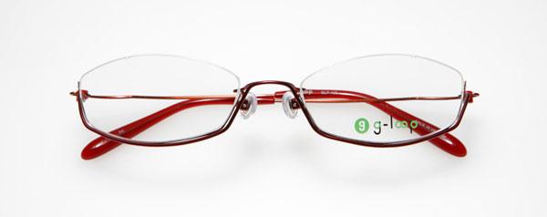 (写真3)眼鏡市場 g-loop(ジーループ)GLP-102。カラー:レッド(写真)、ブラックマット、シルバー、ブラウン。重さ:4.7g。サイズ:51□17-135。価格:15,750円(レンズ込み)。