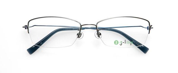 (写真7)眼鏡市場 g-loop(ジーループ)GLP-106。 カラー:グレー(写真)、ブラック、ゴールド、シルバー。 重さ:5.5g。サイズ:54□18-140。価格:15,750円(レンズ込み)。
