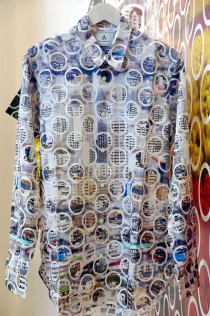 adlens × ANREALAGE AA(ダブルエー)プロジェクト「シャツ」。 サイズ:0・1・2。価格:24,150円。【クリックして拡大】