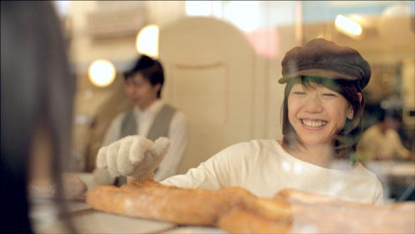 帰り道で見つけたパン屋の店員は高橋尚子さん。【クリックして拡大】