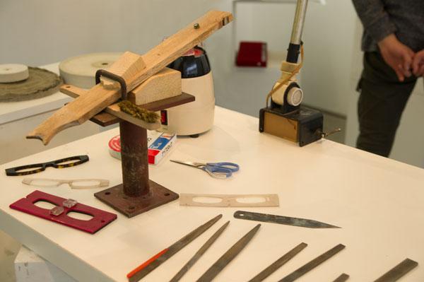 Studio Skyrocket(スタジオスカイロケット)が出展した展示会「メガネオトナレ」には、丹下氏が日頃愛用している工具も展示されていた。【クリックして拡大】