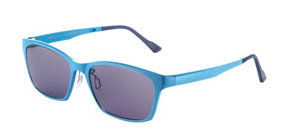 「サンダーバードコラボモデル」には、「ブルー(ブレインズカラー)」のサングラスも数量限定で登場。image by 三城【クリックして拡大】
