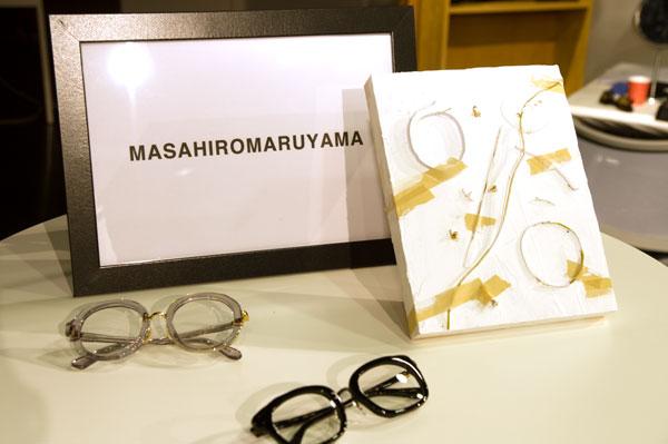 今回ご紹介した MM-0006 と MM-0007 は、MASAHIROMARUYAMA(マサヒロマルヤマ)のセカンドコレクション。日常のあらゆる性質の素材を画面に組み合わせることにより、芸術的効果を生み出す創作技法を指す「collage」(コラージュ)がテーマ。【クリックして拡大】
