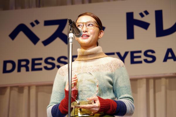 受賞のよろこびを語る武井 咲。 【クリックして拡大】