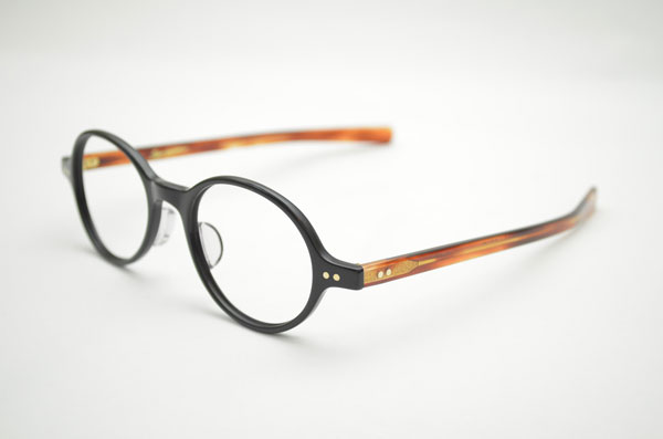 OLIVER GOLDSMITH(オリバー ゴールドスミス) LIBRARY カラー:NR 価格:36,750円 image by Continuer 【クリックして拡大】