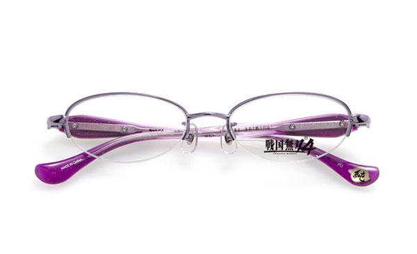 眼鏡市場 × 戦国無双4 稲姫モデル 価格:15,000円(レンズ代込み、税抜) 「どんな勝負も、全力で戦うのみ!」 というセリフがテンプル(つる)内側に。