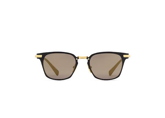 DITA(ディータ)「UNION」 カラー:Matte Black - 18K GOLD w/ Dark Grey - Gold Flash - AR 希望小売価格:70,000円(税別) 色ちがいのサングラスバージョン。ゴージャスで大人の色気を感じさせる仕上がり。
