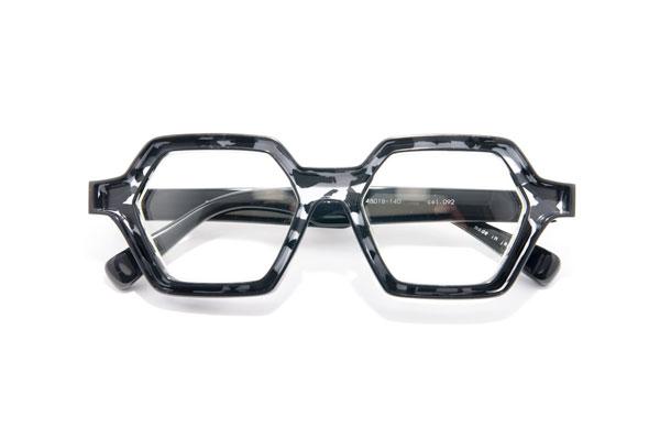 factory900 fa-1124 カラー092 参考価格:33,000円(税別) モノとしての魅力にもあふれるデザインがたまらない。