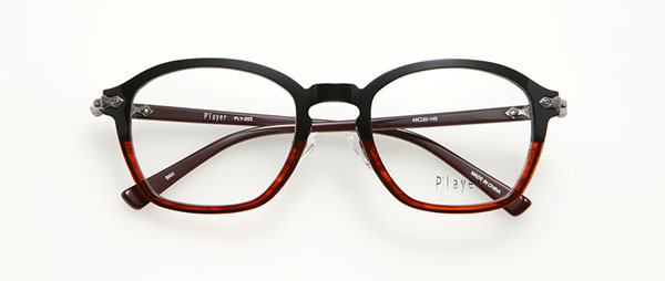眼鏡市場 P'layer(プレイヤー)PLY-202-BKH  ※松田聖子着用モデル 価格:18,000円(税抜、レンズ代金込み)