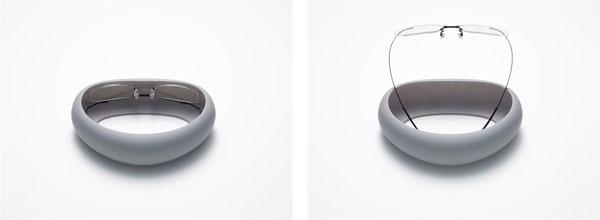 ZEROGRA(ゼログラ)専用ケースも新たに開発。ふたがないデザインが新鮮かつスタイリッシュ。価格は1,080円(税込)で、数量限定発売。 image by メガネトップ