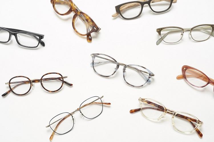 rim of jins(リム オブ ジンズ)のメガネは、JINS CLASSIC(ジンズ クラシック)シリーズ中心の品揃え。 image by ジェイアイエヌ