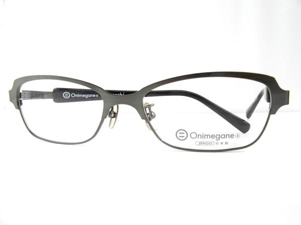 Onimegane × cocochi コラボレーション OG-7009 サイズ:54□17-140 価格:23,000円(税抜) しなやかなベータチタンとアセテート(プラスチック)を組み合わせたコンビネーションフレーム。着回ししやすく1本あれば重宝するはず。 image by cocochi