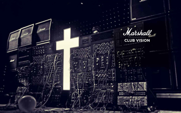 Marshall(マーシャル)は、1962年以来50年以上音楽界を支えてきたギター・ベースアンプの王道ブランド。 image by エムズプラス