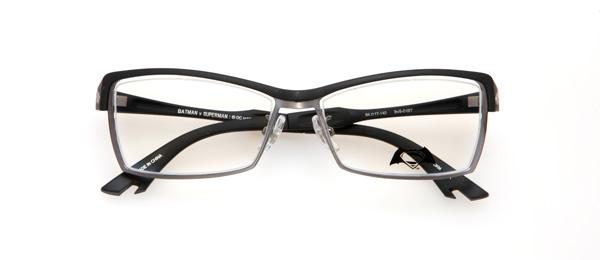 眼鏡市場「バットマン vs スーパーマン コラボレーションフレーム」 バットマン モデル BvS-01BT カラーBKM image by 眼鏡市場