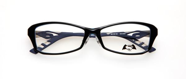 眼鏡市場「バットマン vs スーパーマン コラボレーションフレーム」 バットマン&スーパーマン モデル BvS-05SP カラーBLUBK image by 眼鏡市場