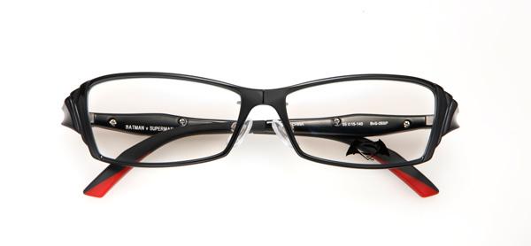 眼鏡市場「バットマン vs スーパーマン コラボレーションフレーム」 バットマン&スーパーマン モデル BvS-06SP カラーBK image by 眼鏡市場