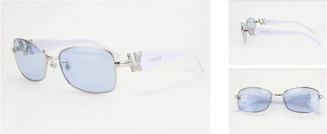 GACKT × VARTIX EYEWEAR VS-01メタルサングラス 価格:38,000円(税込) カラー:シルバー/ホワイト/ブルー ※クリスタル付き image by ビジョンメガネ