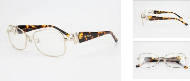 GACKT × VARTIX EYEWEAR VS-N-04メタルサングラス 価格:38,000円(税込) カラー:ピンクゴールド/べっ甲/クリア image by ビジョンメガネ