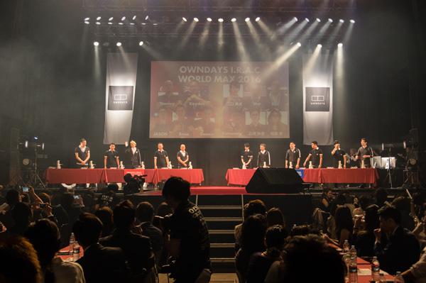 8ヶ国約1,000人の OWNDAYS(オンデーズ)スタッフの中から、予選を勝ち抜いた11名が準決勝のステージに登場。
