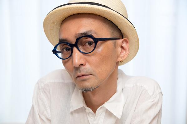 PADMA IMAGE(パドマイメージ) 「maru-kaku」 右目が「丸」で左目が「角」。