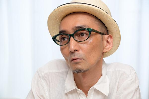 PADMA IMAGE(パドマイメージ) 「ton-gari」 こんなメガネを掛けて夏のリゾートを楽しんでみたい。