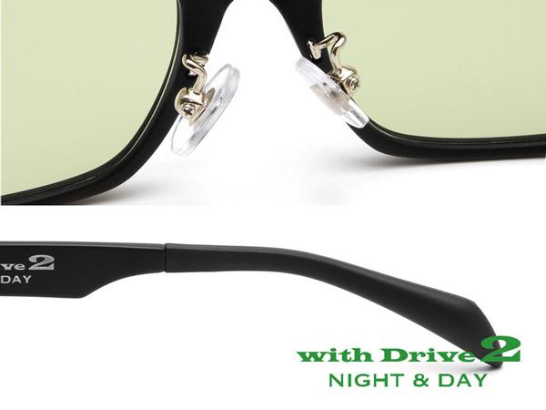 鼻のカタチに合わせて調整できるクリングスタイプの鼻あてを、モダン(テンプル(つる)先端のカバー)にはズレにくいタイプを採用し、優れたフィット感をサポート。