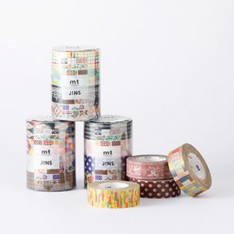 ポップアップショップでは、JINS SCREEN(ジンズ・スクリーン)パッケージタイプ、別売りテープに加え、ポップアップショップ限定テープ4種類(税別800円、1セット4柄のテープ入り)を発売。