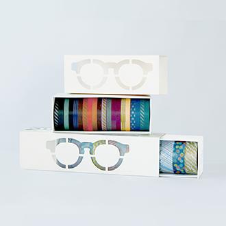 (上)「COLOR」マスキングテープセット(幅6mm×20本) (下)「PATTERN」マスキングテープセット(幅15mm×12本) 価格は3,600円(税別)でJINS オンラインショップ限定で発売。