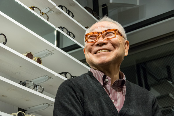青山眼鏡株式会社 会長 青山恭也氏
