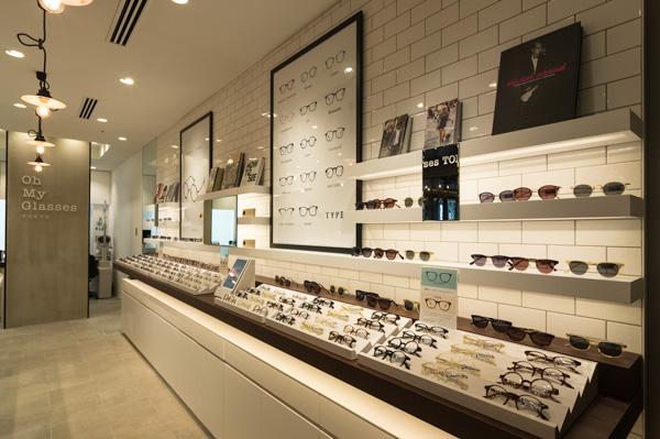 """""""メガネの聖地""""鯖江産のオリジナルブランド「TYPE(タイプ)」や「Oh My Glasses TOKYO」を中心とした品揃え。"""