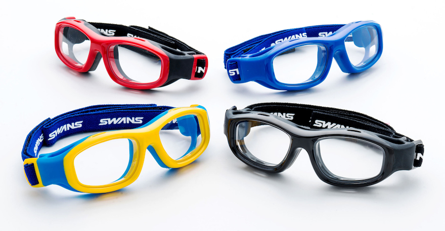 子供用スポーツ眼鏡 [SWANSスポーツアイガード GUARDIAN] © JDP GOOD DESIGN AWARD