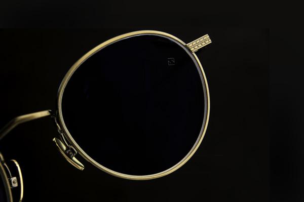 カールツァイスの最新レンズは、クルマの運転以外でも快適さをもたらしてくれる。