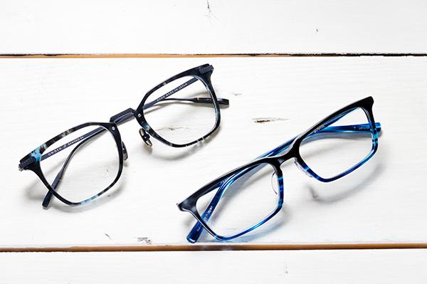 (左)OWDEN(オウデン)DEWORD カラー:04 (右)DJUAL(デュアル)HB01 カラー:black×blue sasa+blue sasa 7