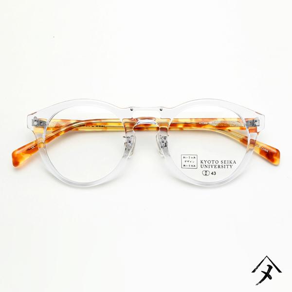 眼鏡市場 京都精華大学コラボメガネ SEIKA-302 カラー:CLRE(クリア、写真)、BRMB(ブラウンマーブル)、KH(カーキ)、SMOKE(スモーク) 価格:12,960円(税込、レンズ代込み)