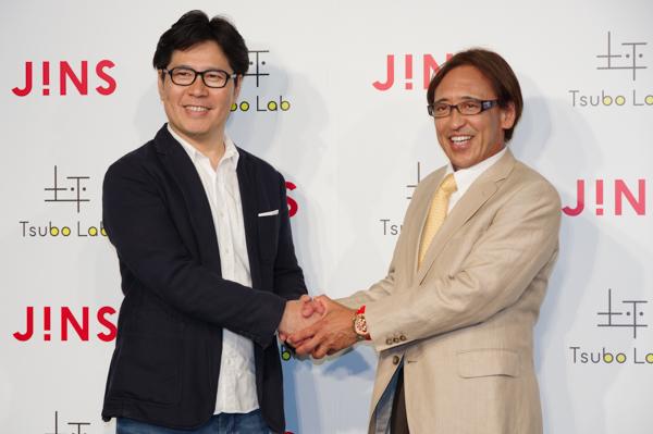 (左)ジンズホールディングス 代表取締役CEOの田中仁氏 (右)坪田ラボ 代表取締役で慶應義塾大学の坪田一男教授