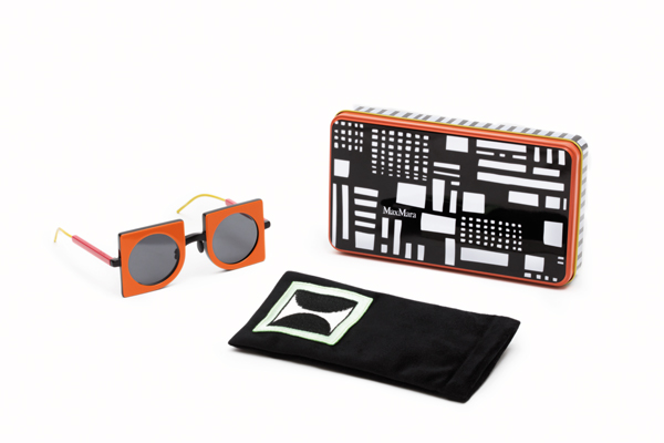 洗練されたプリントが施されたメタルボックスとブラックのソフトケース