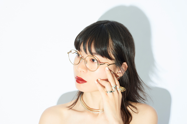 Zoff×LOVE BY e.m. eyewear collection ZO193001_56F1 着用イメージ・その2